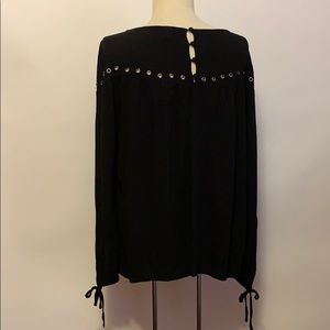torrid Tops - Torrid Black Peasant Top with Grommets Sz 0